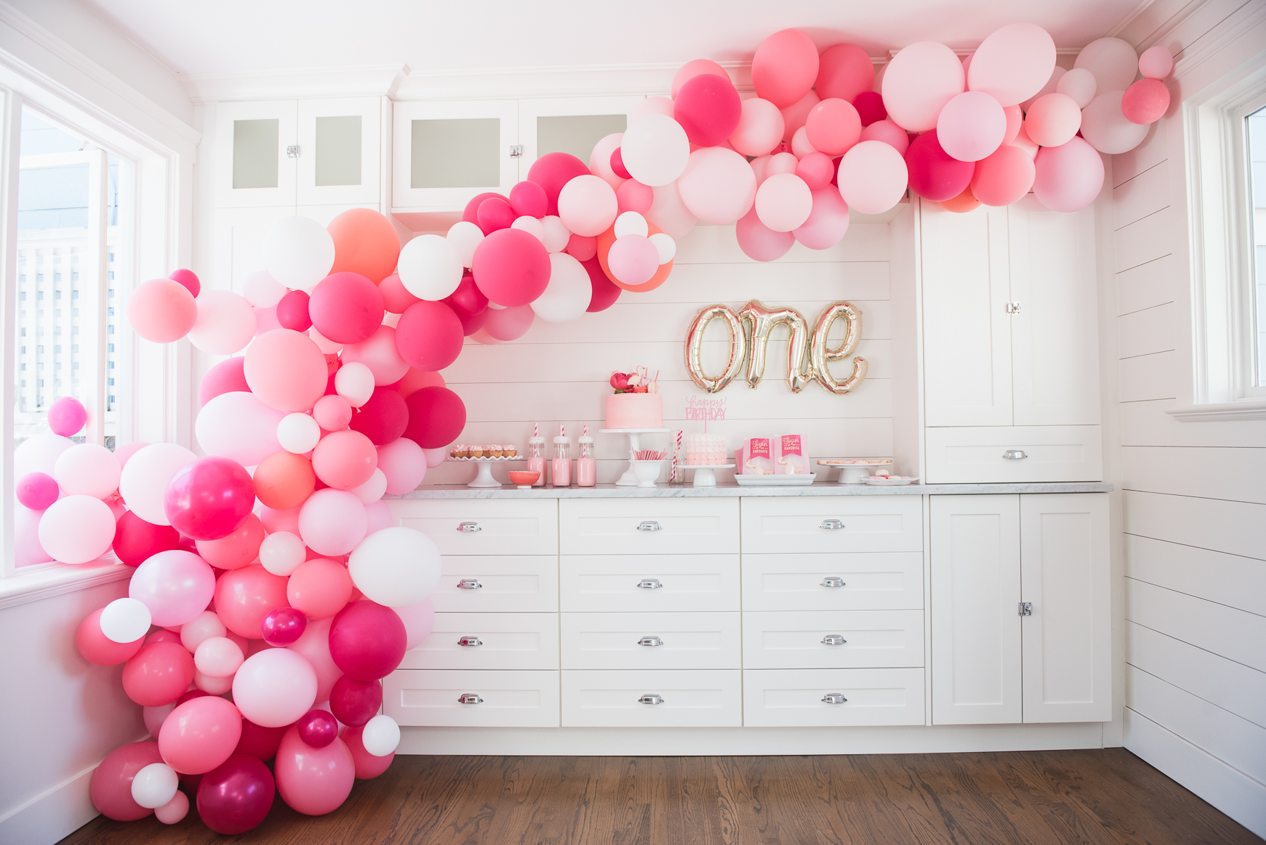 Easy Diy Balloon Arch Tutorial Without Chicken Wire Priscilla Locke