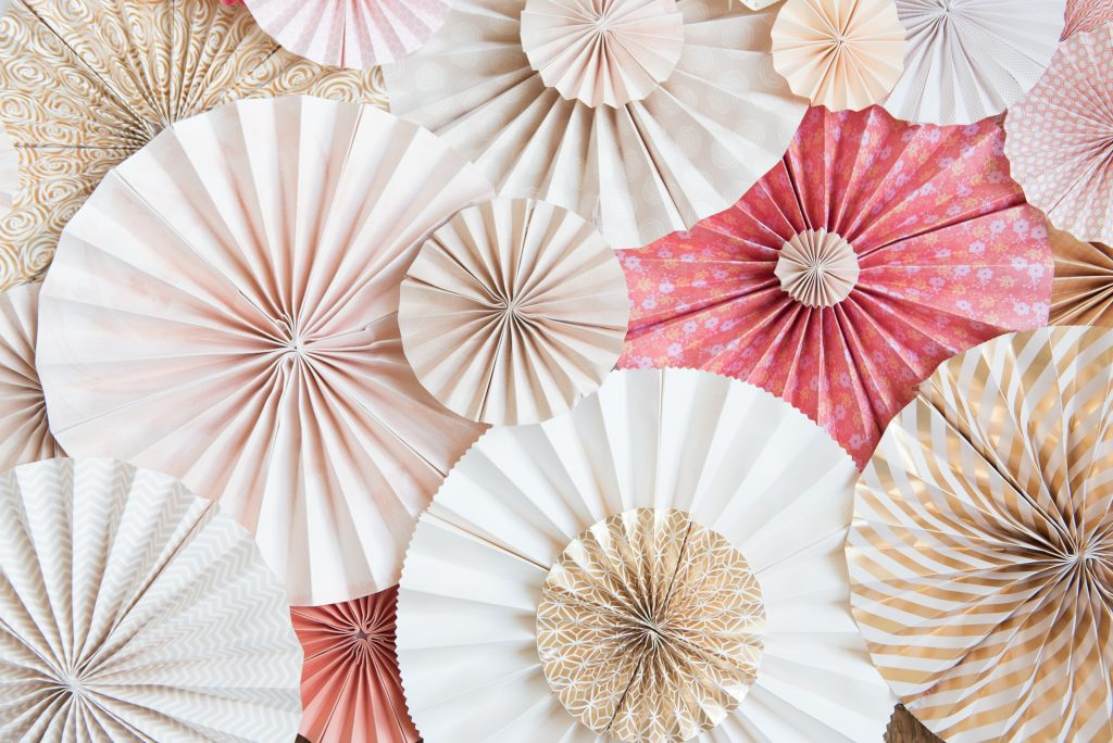 DIY Pinwheel Background